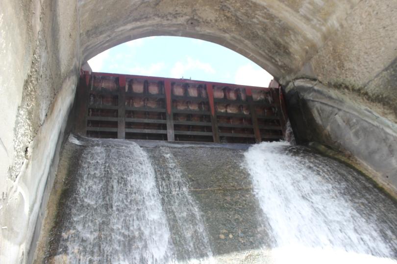 Keokuk Dam spillway.